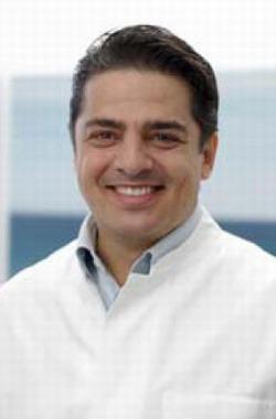 Руководитель стоматологической клиники ДИАДЕНТИС - доктор медицинских наук Штефан Шмид
