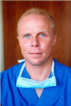 Ведущий сосудистый хирург - Фролов К.Б.