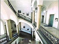DHZB - центральная лестница центра